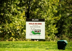 Executive-Mat-Hole-In-One-Sponsor